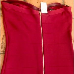 bebe Dresses - NWT Bebe sweetheart neckline, fitted dress - large